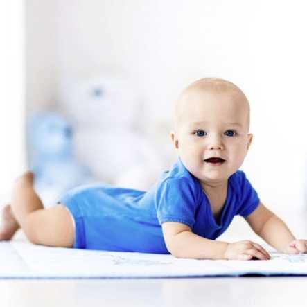Bebekler İçin Egzersiz Vakti: Tummy Time Nedir?