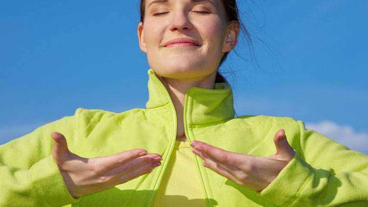 Rahat Bir Hamilelik ve Doğum Sürecinin En Doğal Yolu: Nefes Egzersizleri