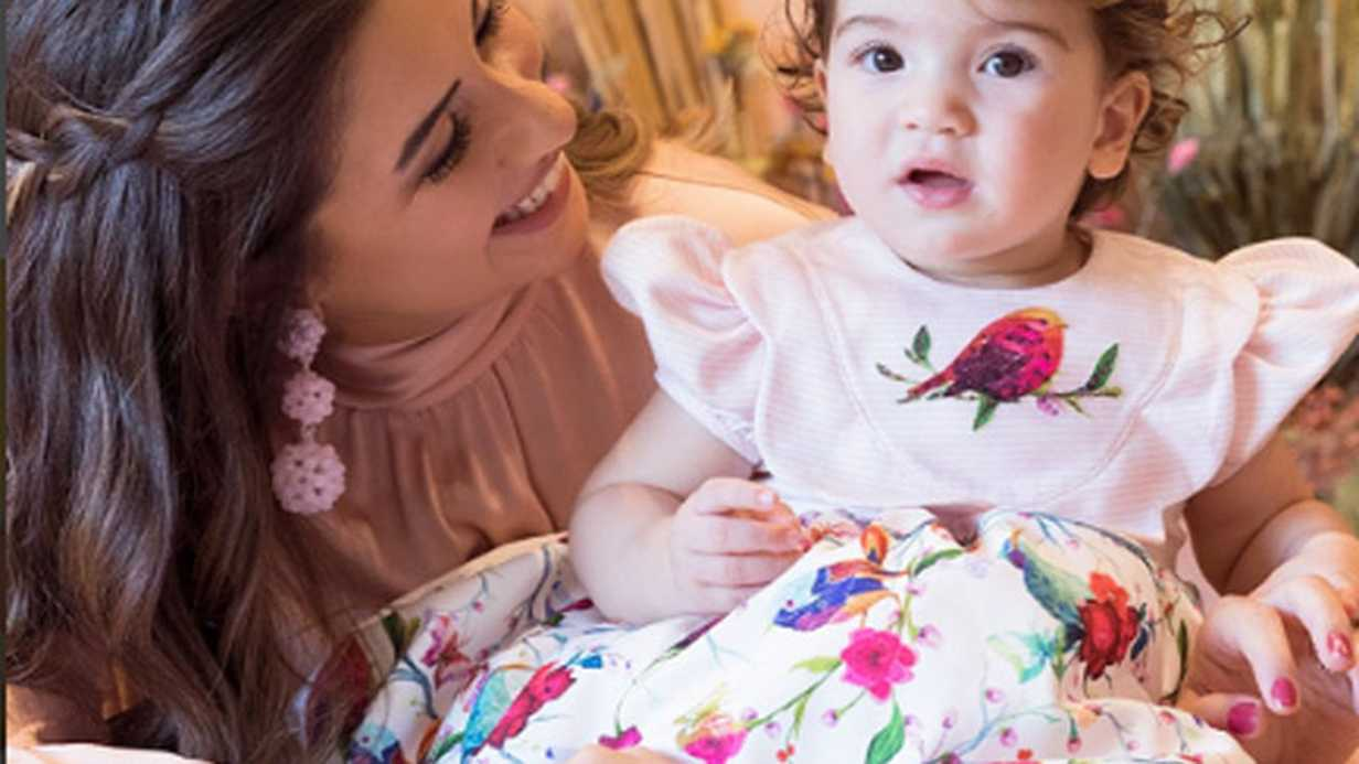 Meraklar Giderildi: Buse Terim Bebeğinin Hem Cinsiyetini Hem de İsmini Açıkladı!