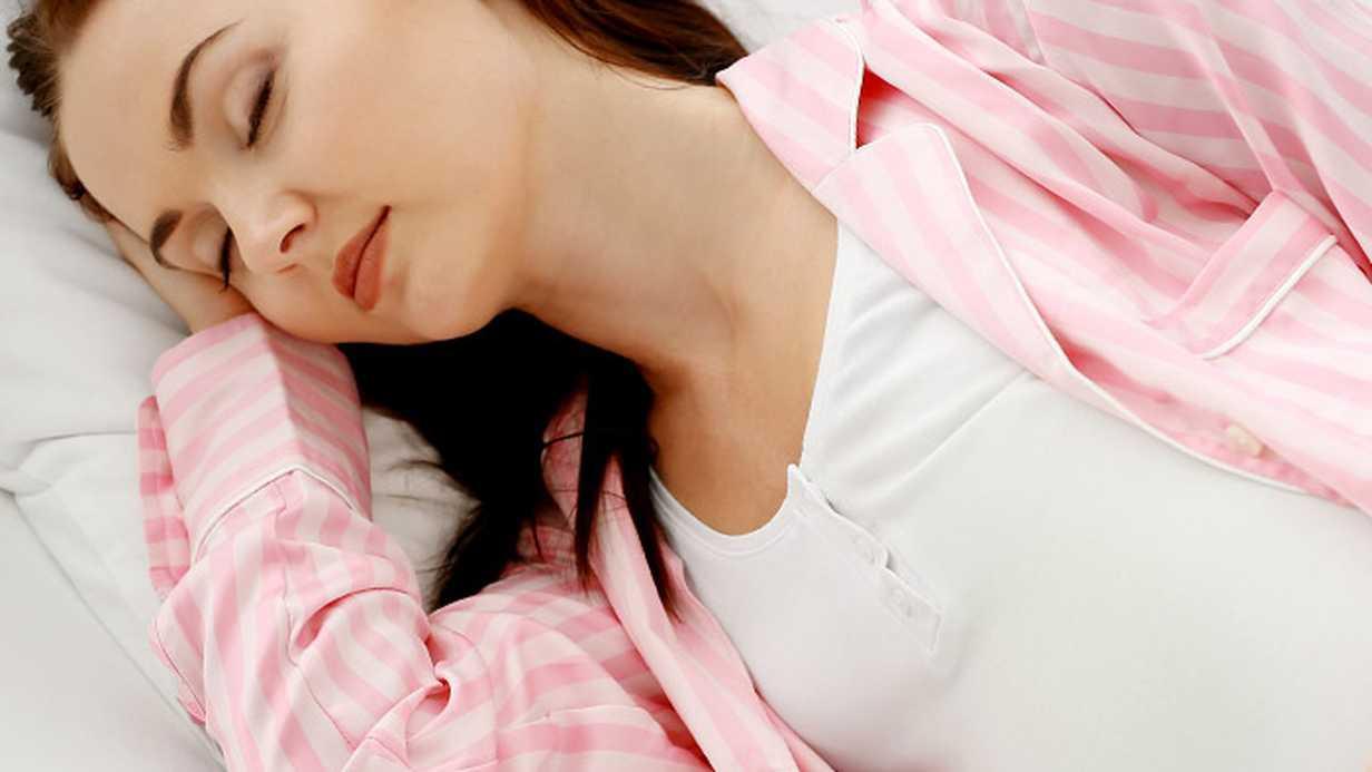 Hamilelerin Uyku İsteği Neden Artar?