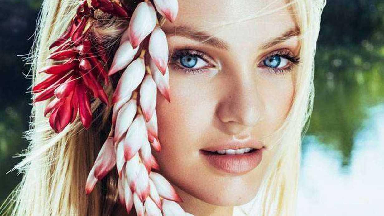 Victoria's Secret Modeli Anne Oldu