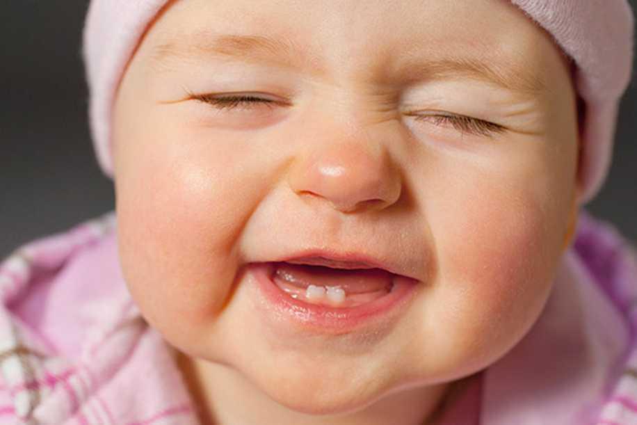 Bebeklerin Ağız ve Diş Bakımı Nasıl Olmalı?