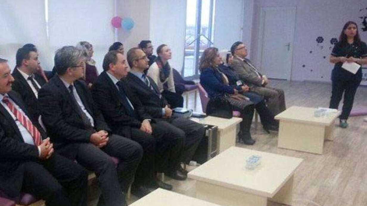 Çorlu'da Gebe Okulu Katılım Belgesi Dağıtım Töreni