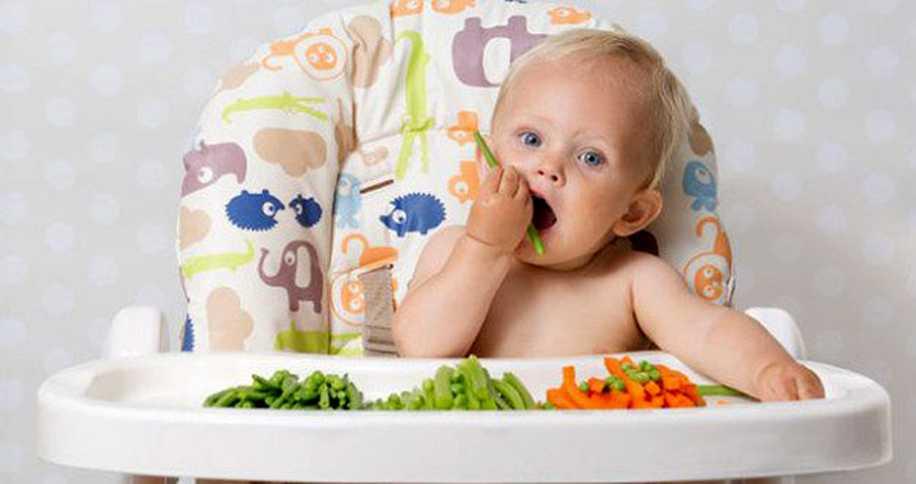 Bebeğim Yemek Yemeyi Öğreniyor