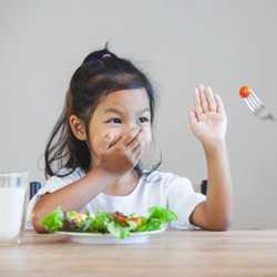 Çocuğunuzun Yemek Seçmemesi İçin Neler Yapabilirsiniz?