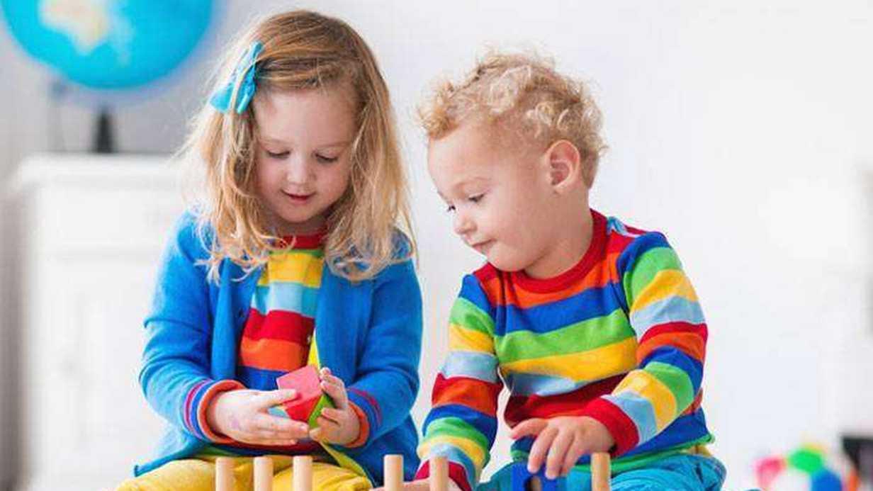 Çocuğunuza Oyuncak Alırken Dikkatli Olun
