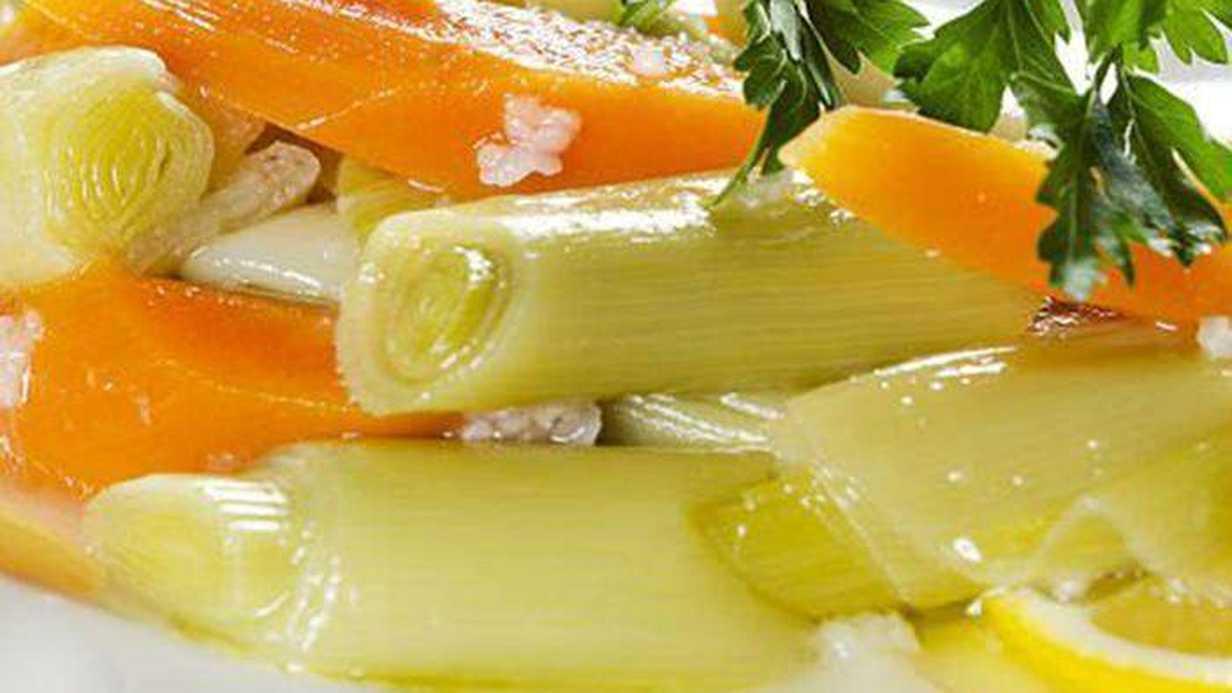 Hem de C Vitamiyle Olan Güzellik: Zeytinyağlı Pırasa