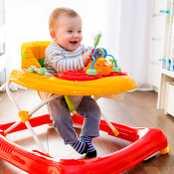 Bebeğimin Çabuk Yürümesi İçin Yürüteç Kullanmalı mıyım?