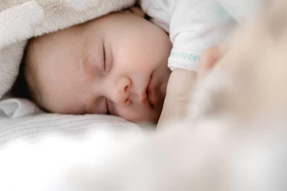 Hangi Yaşta Kaç Saat Uyku İdeal?