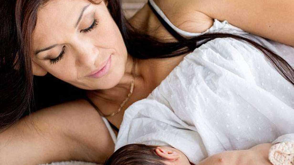 Anne Sütü İshale Karşı Kalkan Oluşturuyor